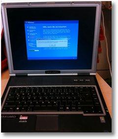 Yakumo Notebook mit seltsamer Fehlermeldung beim Windowsinstallieren