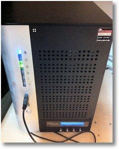Thecus N7700 NAS als Handyladegerät